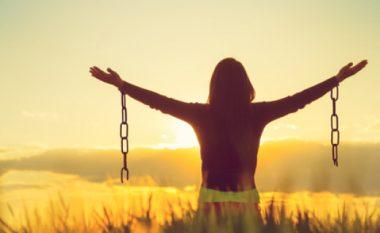 Çfarë përfitoni nëse falni