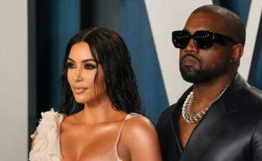 Kanye West po e përjeton keq divorcin ndërsa Kim bën party