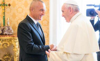 """""""Faleminderit për kujdesin e veçantë ndaj Shqipërisë', Meta urim Papës"""