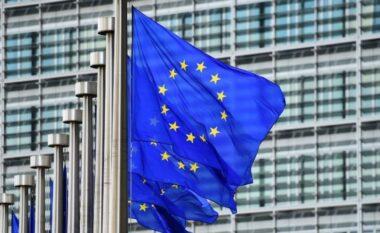 """""""Ka që në 2003 që dëgjon të njëjtin refren të ëmbël"""", pesimizmi i Ballkanit Perëndimor për në BE"""