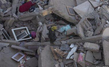 Pamje apokaliptike! Shembet ndërtesa 10 katëshe, kaq viktima u gjendën nën rrënoja (FOTO LAJM)