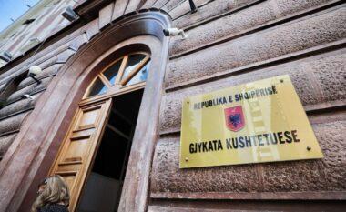 """""""Zgjohet"""" Kushtetuesja, hedh poshtë nenin për protestat"""