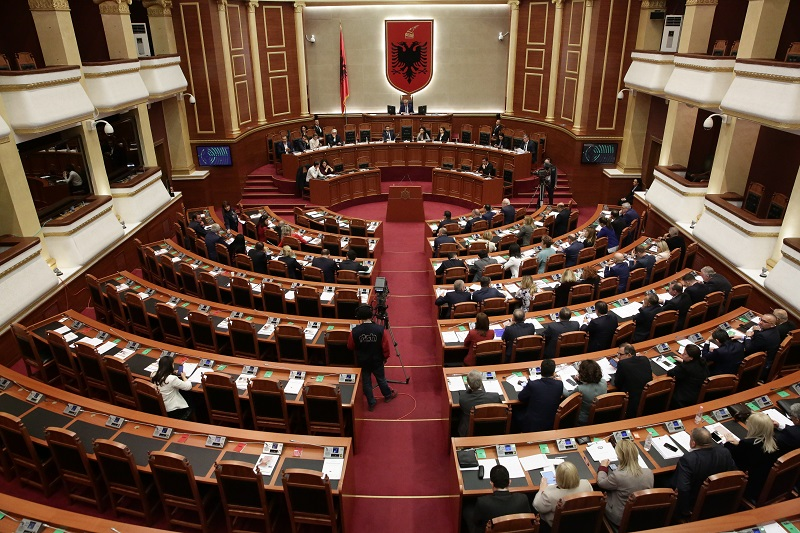 Mblidhet sot Kuvendi i Shqipërisë, këto janë çështjet që do të diskutohen