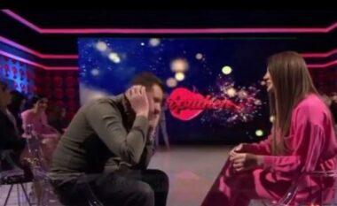 Mevlani dhe Ledjana në takim katër minutësh, a ka ndjenja mes tyre? (VIDEO)