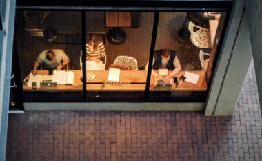 Kur jemi më efikasë në punë: Natën apo herët në mëngjes?