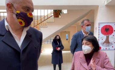 2 vdekje pas vaksinimit në Shqipëri, Bino sqaron situatën: Kjo është e vërteta!