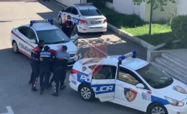 Njëri mbushi shtëpinë me finadë kanabisi e tjetri rrahu hallën, bien në pranga dy shtetas në Vlorë