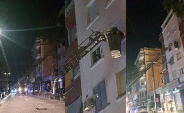 Komshinjtë i shpëtojnë jetën të moshuares në Durrës, gjendet pa jetë brenda banesës