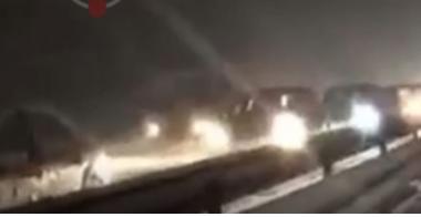 Kaos në rrugët e Kosovës, bllokohen rrugët, ka dhe aksidente (VIDEO)