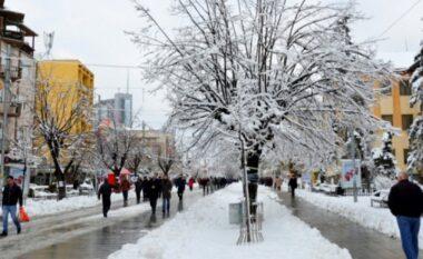 Ftohtë dhe me borë, ja si do të jetë moti për nesër dhe pasnesër
