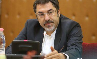 """Akoma """"pa futur mirë këmbët"""", Çuçi i delegon detyrën e zv.ministrit Lamallari"""