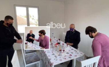"""""""Hajde ulu këtu ti zonje"""", Rama batuta me të zotët e  shtëpisë në Shijak (VIDEO)"""