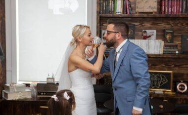Babai i dy vajzave, Erion Isai martohet pas 10 vitesh (FOTO LAJM)
