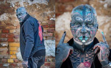 """I mbuluar në tatuazhe! Ky është gjyshi më i """"cmendur"""" në botë"""