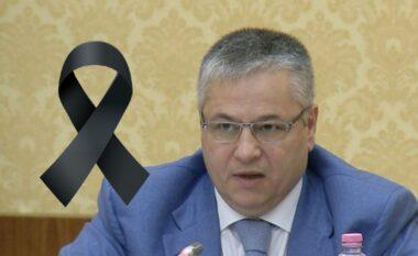COVID-19 i mori jetën, shkolla në Tiranë do mbajë emrin e Bashkim Finos