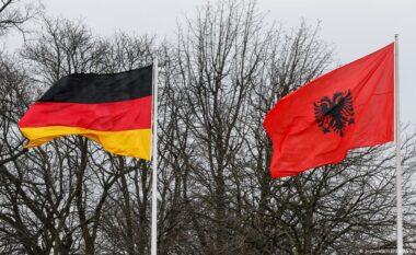 Ambasada Gjermane jep njoftimin e rëndësishëm: Nga nesër Shqipëria del nga zona e rrezikut