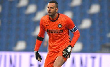 """Interi """"pushtohet"""" nga Covid-19, edhe Handanovic rezulton pozitiv"""