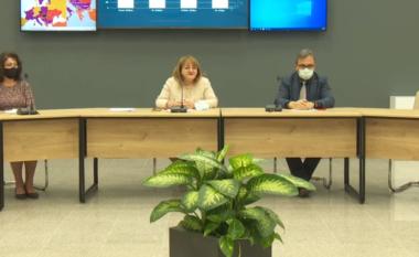 Komiteti i Ekspertëve në konferencë: Bie ndjeshëm numri i të infektuarve