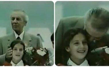 Nga puthja e Enver Hoxhës te vrasja e babait, kush është ministrja e re e Jashtme e Kosovës (FOTO LAJM)