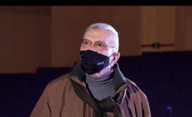 """U bë """"zëri i PS-së, Robert Ndrenika reagon pas kritikave: Perëndia të më ndjejë!"""
