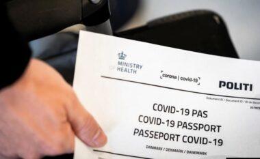 """A do të ju duhet """"pasaporta e vaksinës"""" për të udhëtuar?"""