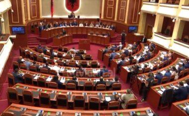 Sot seanca e parë plenare pas zgjedhjeve të 25 prillit, diskutohet shkarkimi i Metës