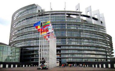Parlamenti Europian pritet të miratojë sot rezolutën për Kosovën