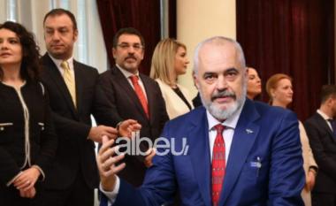 """Kush është ministrja e """"llastuar"""" e Ramës që di të bëjë vetëm makarona (FOTO LAJM)"""