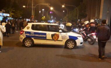 Kërcet arma në Tiranë, 50 vjeçari në gjendje kritike dërgohet me urgjencë në spital