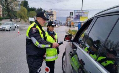 """Rrugorja """"merr frenat në dorë"""", arrestohen 3 shoferë dhe ndëshkohen 1456 të tjerë"""