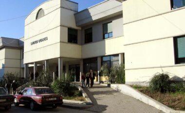 Koronavirusi i merr jetën pacientit me COVID-19 në spitalin e Durrësit