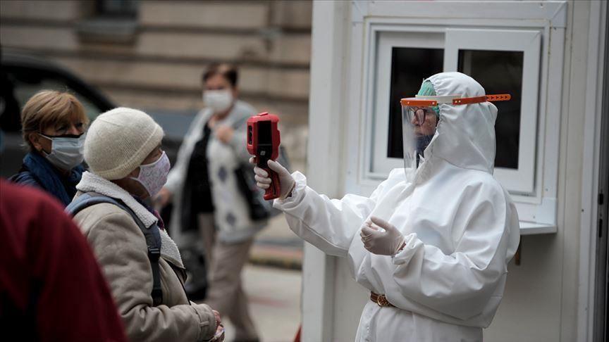 Pandemia më fatale te burrat, sa u rrit vdekshmëria në korrik-dhjetor 2020