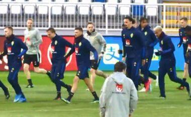 Albeu: Reklama shqiptare i ndërpret fjalën trajnerit të Anglisë gjatë konferencës, ky është reagimi i tij (VIDEO)