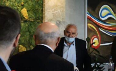 Pas dorëheqjes, Mustafa lë ambientet e Kuvendit të LDK-së