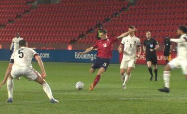 Çekia befason Belgjikën, kalon në avantazh (VIDEO)