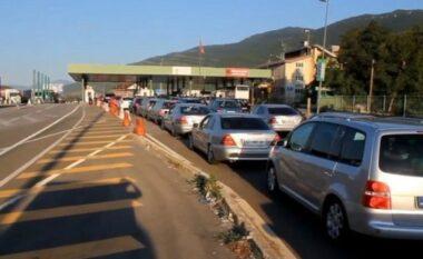 Rreth 30 mijë qytetarë nga Kosova kaluan fundjavën në Shqipëri