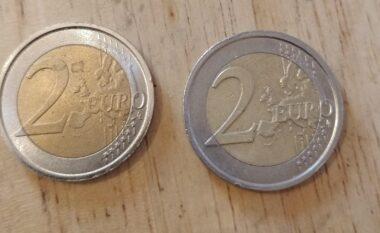 5 mijë monedha 2 euroshe të falsifikuara, si t'i dalloni nga origjinali (VIDEO)
