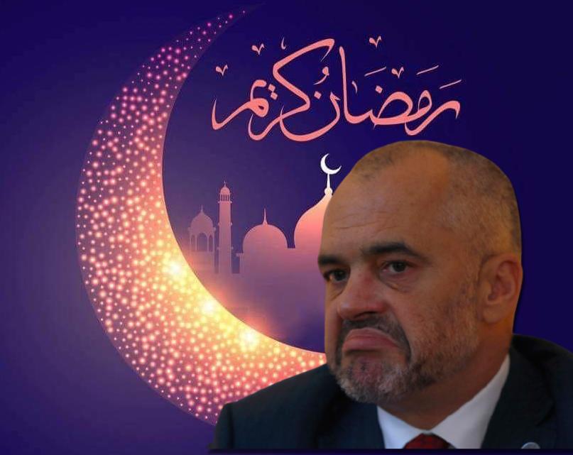 Rama e bën sërish! Kjo është gafa e pafalshme në urimin për muajin e Ramazanit (FOTO LAJM)