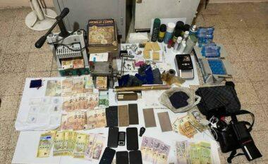 Hidhni para të falsifikuara në treg, kapen mat 7 persona në Elbasan