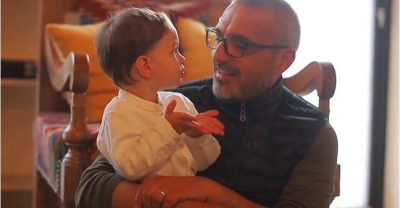 Tahiri rikthehet me videon e veçantë: Trego sa vjeç bën Goliku? (VIDEO)