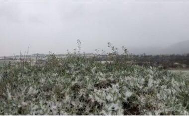 Reshje bore në verilindje, hidhet kripë në Rrugën e Kombit