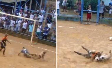 Futboll i ashpër dhe amator, shikoni çfarë bëhet në Brazil (VIDEO)