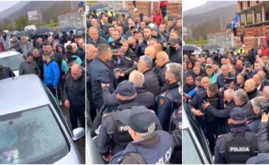 Plas sherri mes militantëve, bllokohet një makinë plot para për zgjedhjet (VIDEO)
