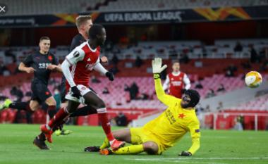 Arsenali zhgënjen në Europa League, befasohet në limit (VIDEO)