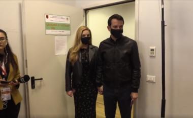 Erjon Veliaj voton në Tiranë: Vota më e fortë se plumbi! (VIDEO)