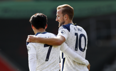 Tottenham befason Man United (VIDEO)