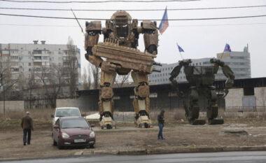 Mediat ruse publikojnë pamjet, 500 000 ushtarë robotë gati për luftë me Ukrainën (FOTO LAJM)