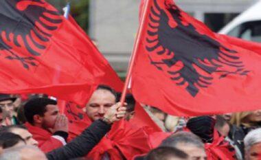 """""""Shqiptarët në Maqedoni janë mbi 40 për qind, nuk kanë pse frikohen"""" (VIDEO)"""