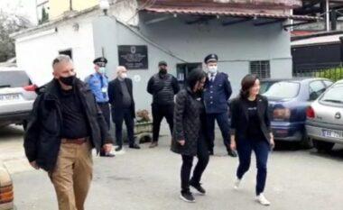 Yuri Kim vizitë të papritur në Fushë-Krujë, takohet me drejtuesit e Policisë