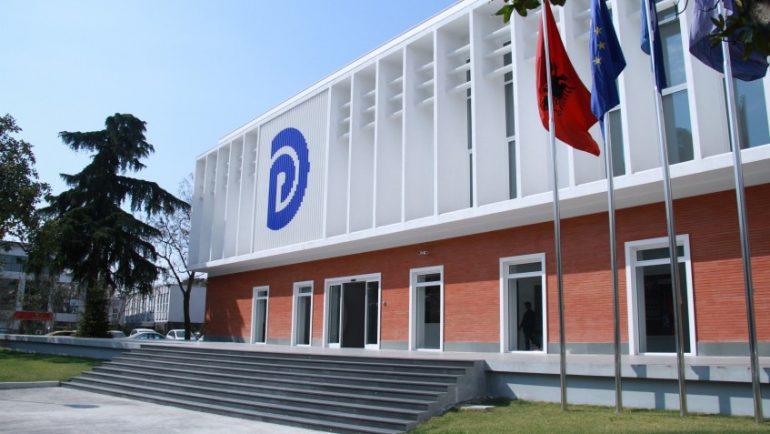 Lëvizje pas humbjes së zgjedhjeve? PD lajmëron mbledhjen e Kryesisë dhe Këshillit Kombëtar